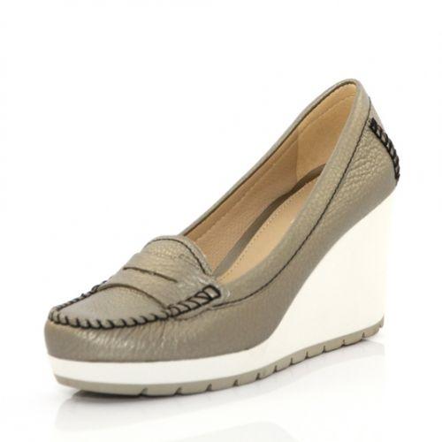 63e4a2a110f Дишащи Дамски обувки GEOX на платформа - бронзови   Размери : 41 ...